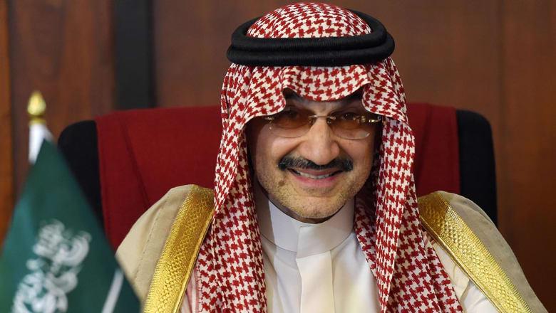 الوليد بن طلال يتنازل عن 1.1 مليار ريال من أرباحه بالمملكة القابضة
