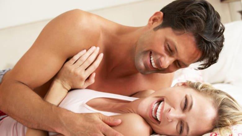 عشر فوائد لممارسة الجنس