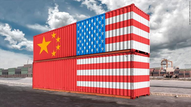 """الصين ترد مجدداً على أمريكا برسوم على صادراتها.. وتوقعات بانخفاض 500 نقطة على مؤشر """"داو"""""""