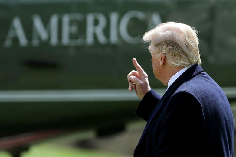 """ترامب يلغي زيارته للبيرو """"لمتابعة الاستجابة الامريكية حول سوريا"""""""