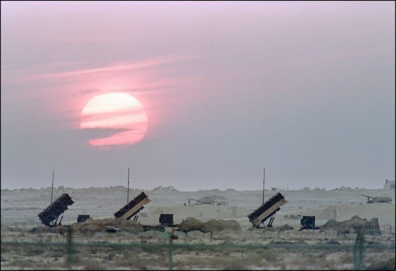السعودية: اعتراض ثلاثة صواريخ بالستية حوثية استهدفت مواقع مدنية