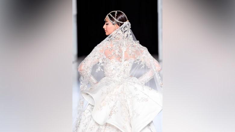 ما هو الفستان الذي سترتديه ميغان ميركل لحفل زفافها؟