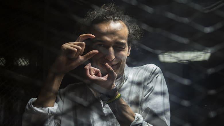 شوكان خلف القضبان.. اليونسكو تمنحه جائزة حرية الصحافة ومصر تشير إلى قطر
