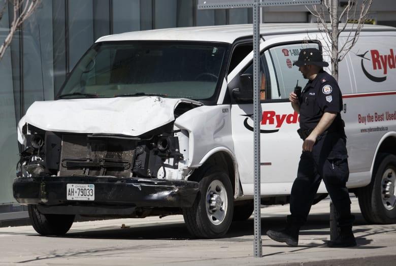 إليك كل ما يمكننا معرفته عن المتهم بتنفيذ حادث الدهس في تورونتو