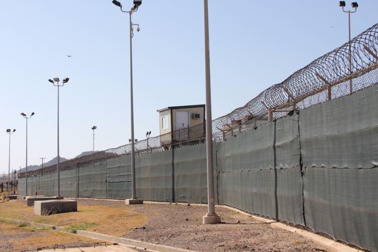 البنتاغون يعلن عن نقل أول سجين من غوانتانامو إلى السعودية