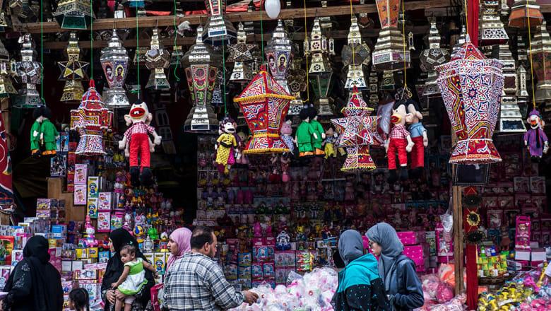 كيف يؤثر رمضان على إنتاجية المهنيين في الشرق الأوسط؟