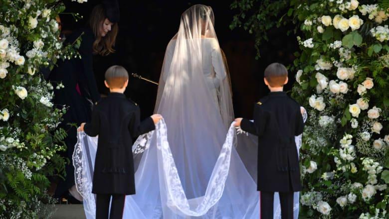 ابنة أخ الأميرة ديانا.. الحسناء التي خطفت الأنظار في العرس الملكي