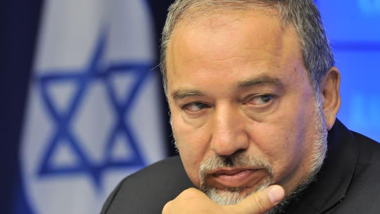 وزير دفاع إسرائيل يكشف خططا لبناء 2500 وحدة استيطانية بالضفة الغربية