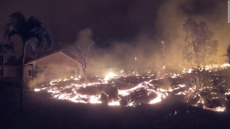 شاهد.. حمم بركانية تلتهم منزلا في دقائق