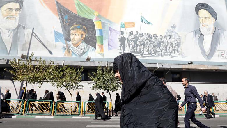 خارجية أمريكا: الشارع الإيراني يثور وهو يرى أمواله تهدر على مغامرات حكام النظام