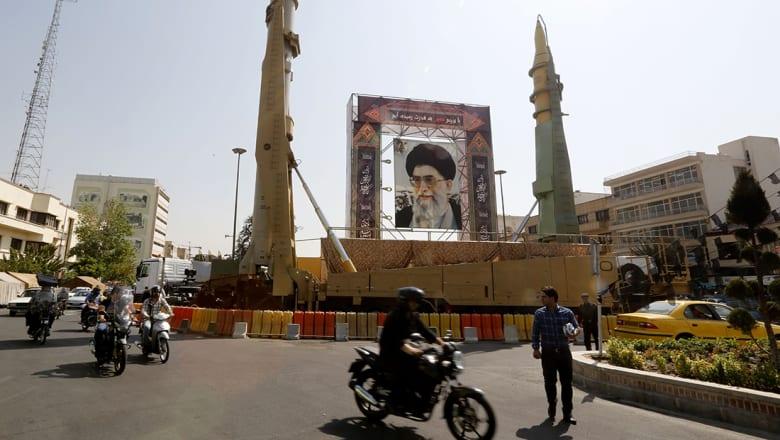 """الخزينة الأمريكية تضيف كيانين بإيران و3 قادة بـ""""أنصار حزب الله"""" بقائمة العقوبات"""