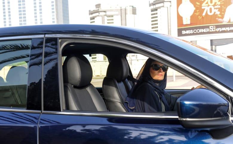 مدير عام المرور في السعودية: لا توجد مواقف خاصة بالنساء