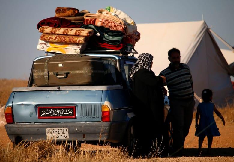 في ظل نزوح 270 ألف شخص.. أول حالة ولادة على الحدود السورية-الأردنية