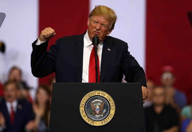 ما الدولة التي فكر ترامب في غزوها أغسطس الماضي؟