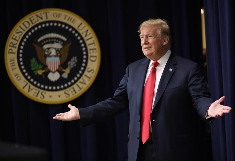 السائق السابق لدونالد ترامب يرفع دعوى قضائية ضده.. والسبب؟