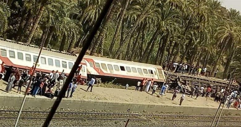 """مصر.. 55 مصابا في حادث """"قطار البدرشين"""""""