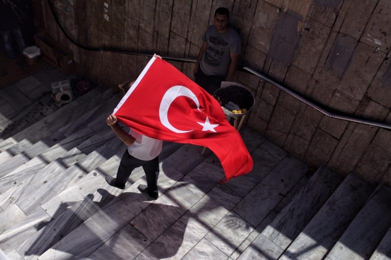 تركيا: قرارات رئاسية بإعادة تشكيل مجلس الشورى العسكري
