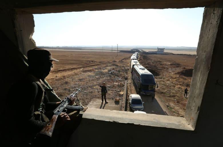 """سوريا.. وصول """"حافلات المحاصرين"""" من كفريا والفوعة إلى ريف حلب"""
