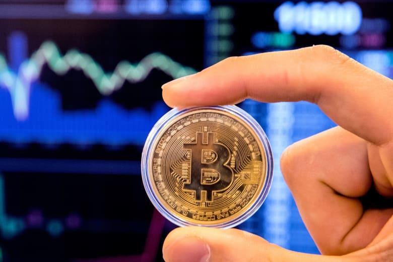 الكويت تحذر المستثمرين من العملات الرقمية