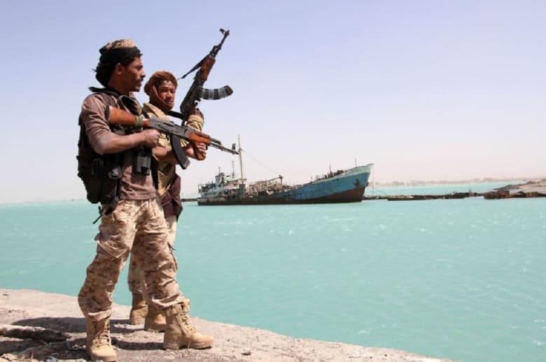الإمارات تدين استهداف الحوثيين ناقلتي نفط سعوديتين.. وقرقاش: تصرف إرهابي أهوج