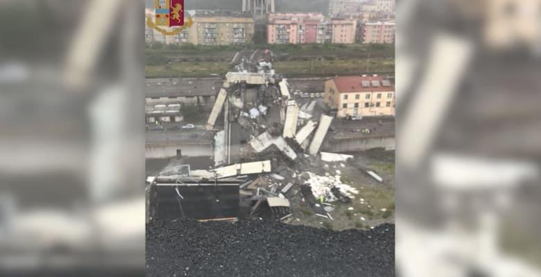 انهيار جزء من أحد الجسور يودي بحياة عدة أشخاص في إيطاليا