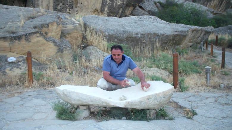 حجارة موسيقية.. على وقعها رقص الأشخاص القدامى في أذربيجان