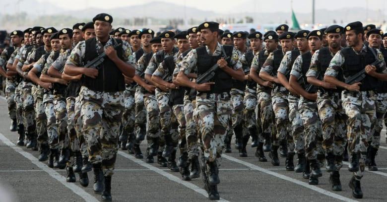 """القوات المسلحة السعودية تشارك بتمرين """"النجم الساطع"""" في مصر"""