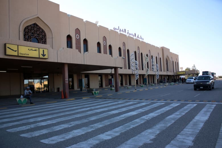 شهود لشبكتنا: إطلاق صواريخ قرب قنصلية أمريكا ومطار البصرة بالعراق