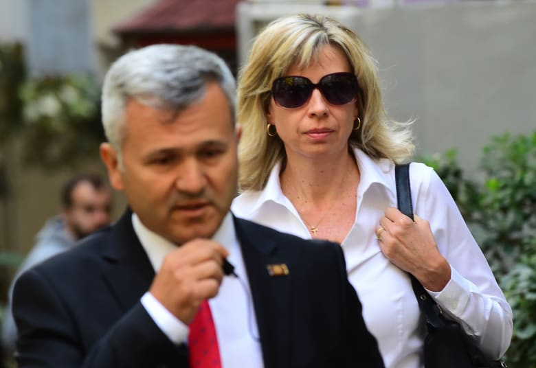 الادعاء التركي يطالب بإلغاء منع سفر القس الأمريكي برونسون