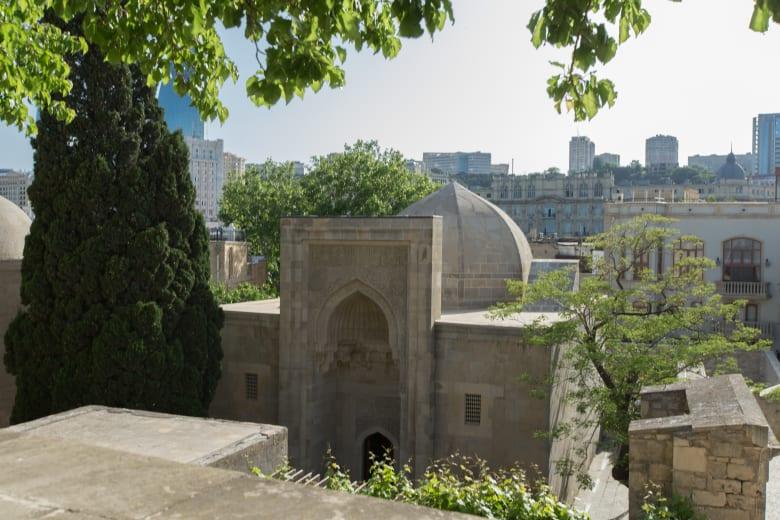 قصر شيروان شاه.. معلم يحتوي على أسرار التاريخ الأذربيجاني