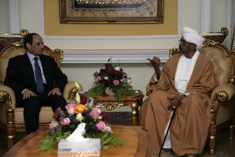 مصر والسودان توقعان اتفاقيات تجارية.. ومستثمر يكشف لـCNN أهم البنود