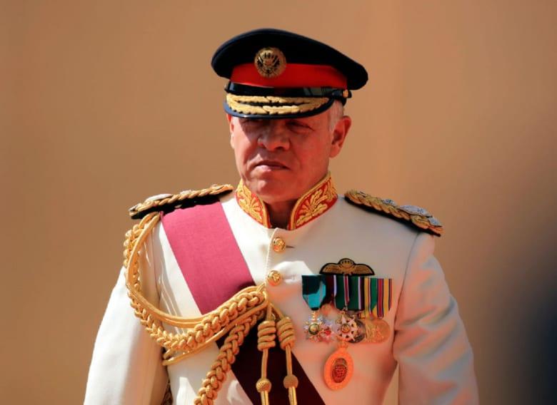 """سيول البحر الميت تلغى زيارة الملك إلى البحرين.. وحكومة الأردن: سنحقق في """"الكارثة"""""""