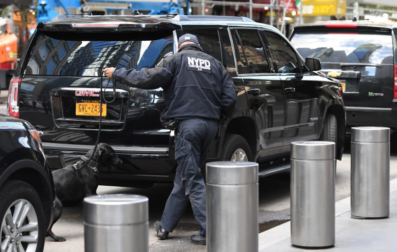 الشرطة الأمريكية تعثر على طردين مشبوهين موجهين لسيناتور ومسؤول سابق