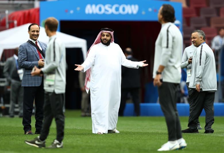 تركي آل الشيخ يتوعد صحيفة السعودية بسبب الحكم فهد المرداسي