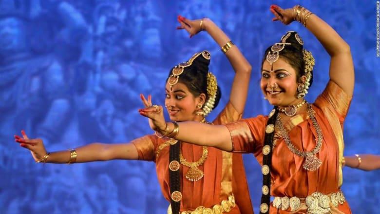 من البوليوود إلى الهيب هوب.. هذه أبرز 5 رقصات في الهند
