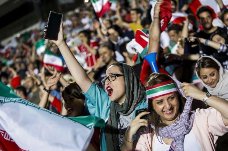 وزير الرياضة بإيران: من حق الفرق الإيرانية استضافة فرق سعودية