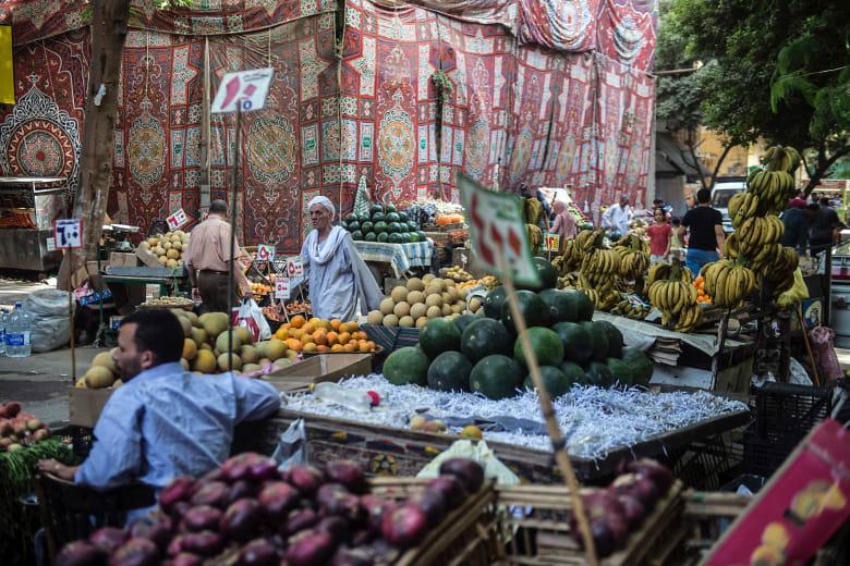 التضخم بمصر يرتفع 2.8% في أكتوبر متجاوزا توقعات بنوك الاستثمار