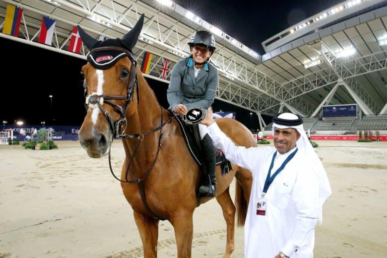 فارسة إسرائيلية تحقق المركز الثاني في بطولة لقفز الحواجز في الدوحة