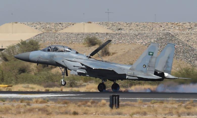 متحدث باسم الرئاسة الفرنسية: أمريكا أوقفت تزويد مقاتلات التحالف بالوقود للضغط على السعودية