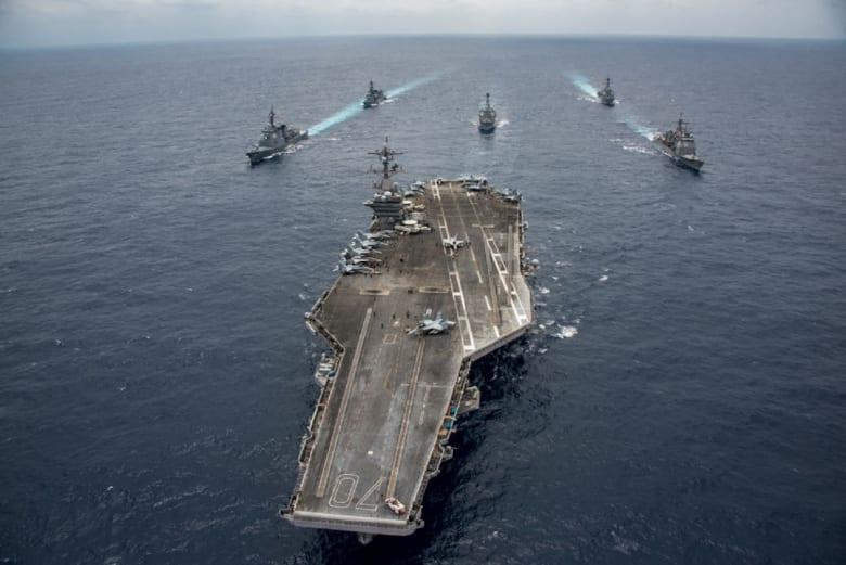 تحطم مقاتلة أمريكية في بحر الفلبين ونجاة طاقمها