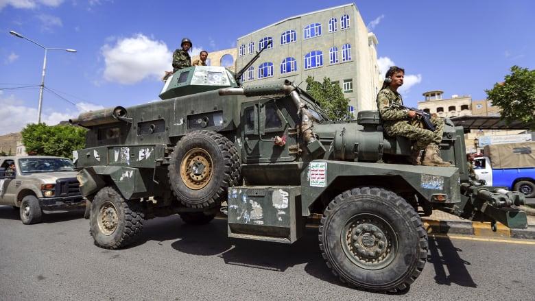 الحوثيون يعلنون مبادرة لوقف إطلاق الصواريخ وتجميد العمليات العسكرية