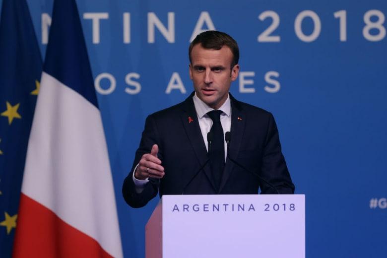 ماكرون: ما حدث في باريس لا علاقة له بالتعبير السلمي