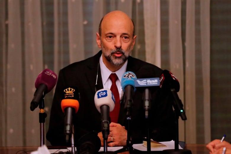 حكومة الأردن: نحترم حق الاحتجاج ونرفض مخالفة القانون