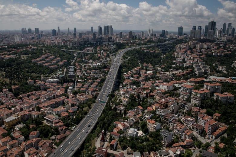 تركيا تعدّل شروط منح الجنسية مقابل شراء عقار