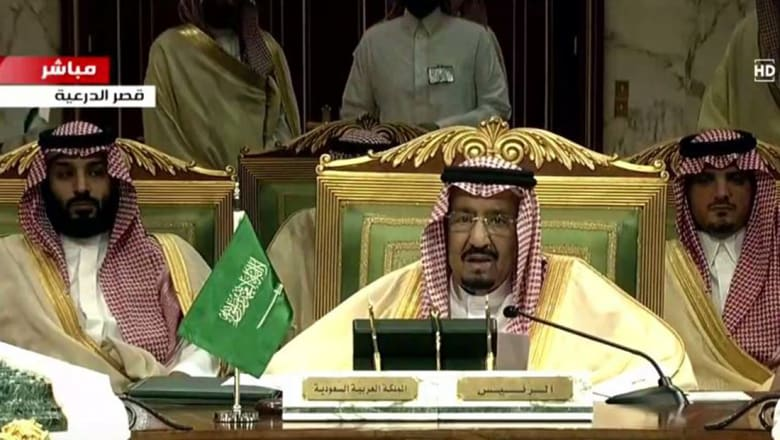 في غياب أمير قطر.. العاهل السعودي وأمير الكويت يؤكدان الحرص على مجلس التعاون