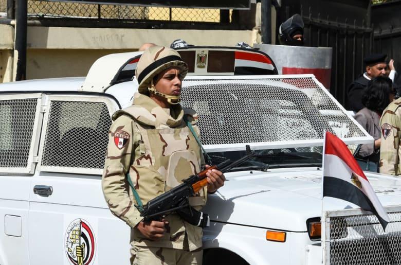 رسالة وتحذير من الجيش المصري لأصحاب شركات ومصانع الأقمشة