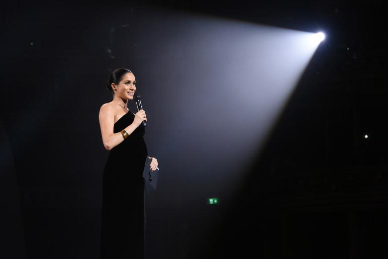 كيف فاجأت ميغان ماركل الحضور في حفل جوائز الأزياء البريطانية؟