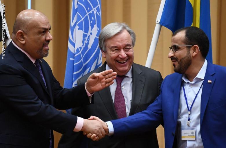 خالد اليماني لغوتيريس عند مصافحة رئيس وفد الحوثيين: هذا أخي.. وسفير السعودية يعلق على اتفاق السويد