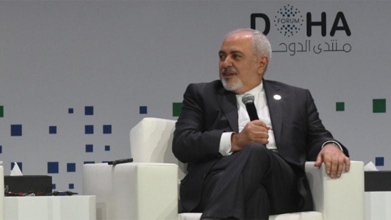 """من قطر.. وزير خارجية إيران يتحدث عن اليمن و""""فن"""" التهرب من العقوبات"""
