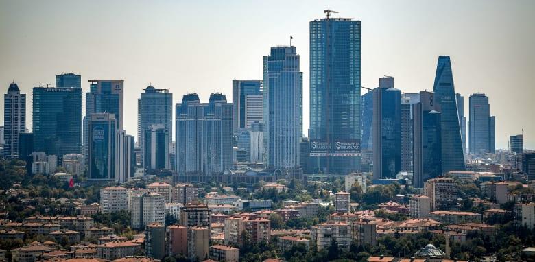 الأتراك يعزفون عن شراء العقارات والمبيعات تنخفض 27% في نوفمبر